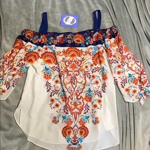 NWT- Off shoulder floral shirt!
